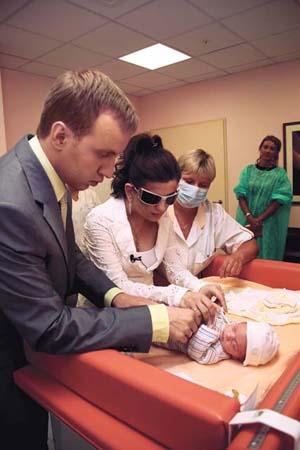Диана Гурцкая с мужем и сыном