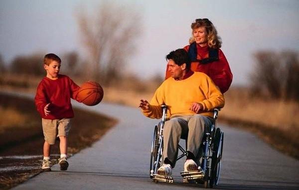 Инвалид — не инвалид. Люди так не делятся