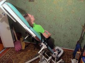 Фото: из личного архива Алексеевых. Вертикализатор - уникальное устройство, позволяющее людям, прикованным к инвалидному креслу, принимать вертикальное положение