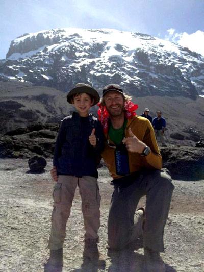 8-летний покорил Килиманджаро ради больных детей