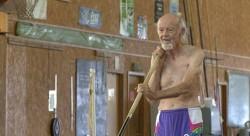 90-летний прыгун установил новый мировой рекорд