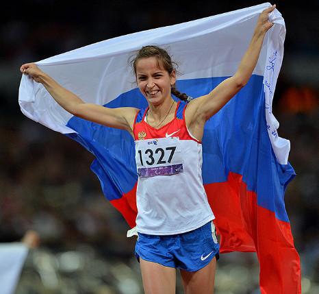 24-летняя Елена Иванова из Чебоксар стала победительницей в беге на 200 метров среди спортсменок с церебральным параличом