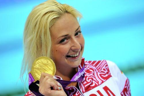 На фото: Олеся Владыкина во время заплыва на 100 метров брассом в соревнованиях по плаванию среди женщин на ХIV летних Паралимпийских играх в Лондоне.