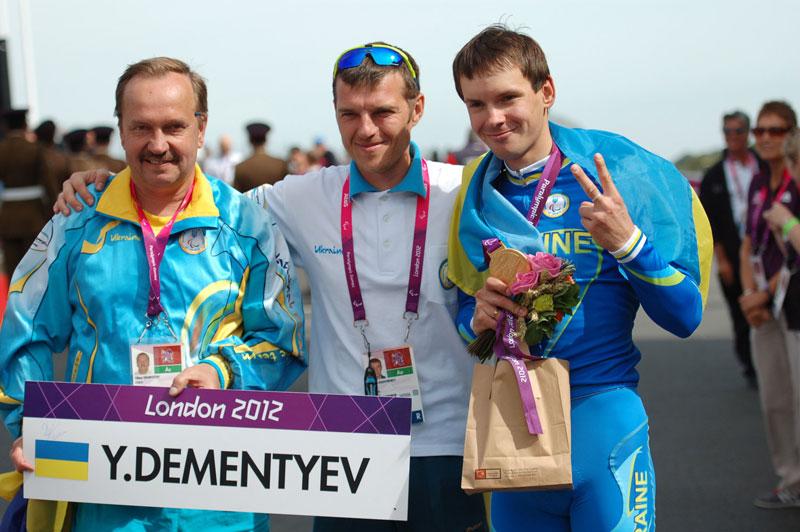 Двукратный чемпион Лондона Егор Деменьтев: «Паралимпийцы очень сильны духом»