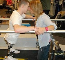 """Человек без ног и без руки преодолел """"Спартанскую полосу препятствий"""""""