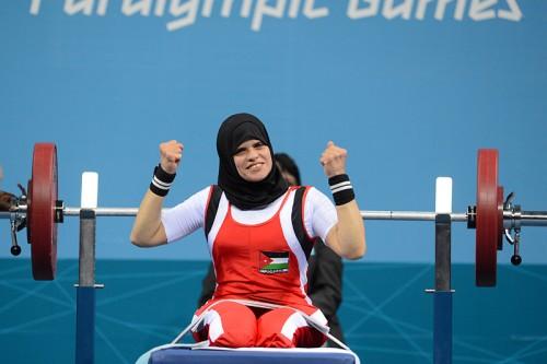 Иорданка Фатама Ахмед на турнире по пауэрлифтингу