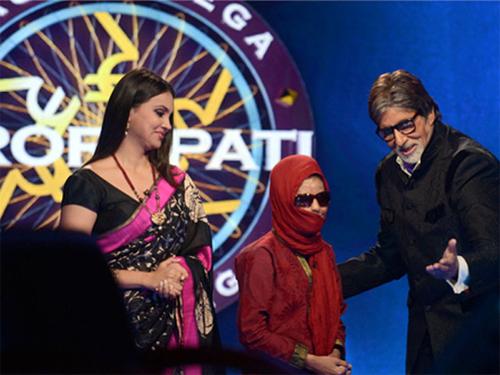 """Слепая и глухая девушка из Индии выиграла в викторине """"Кто хочет стать миллионером"""""""