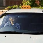 Житель Барнаула без рук и ног научился водить машину