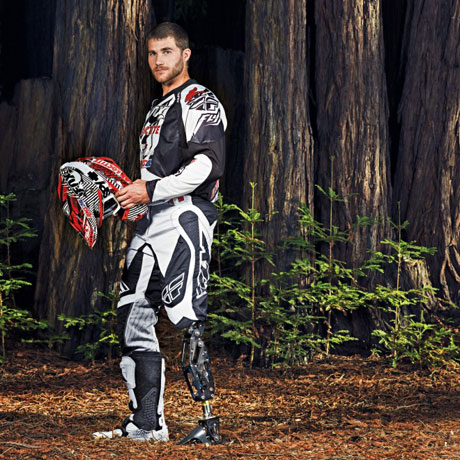 Звезда экстремального спорта Майк Шульц сам сделал себе ногу и одержал победу