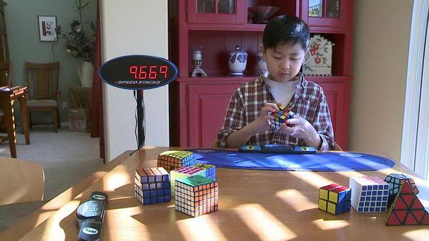 Кубик Рубика – «семечки» для мальчика-аутиста из Сан-Диего