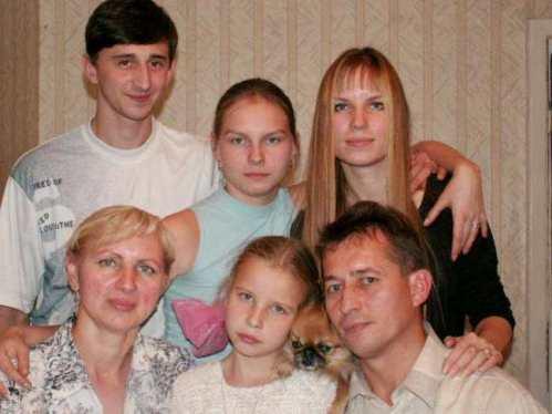 Семья Солодовниковых в сборе
