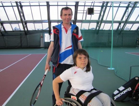 Полина Шакирова и ее тренер Норайр Меликов. Фото: Ирина Васильева, «БалтИнфо»