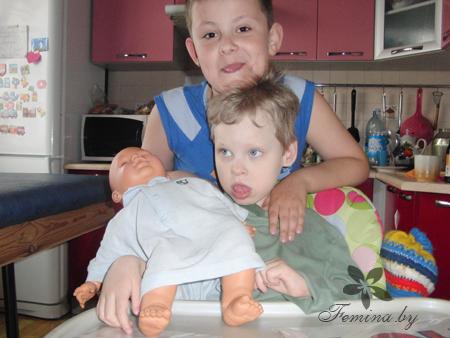 На фото: дети Натальи Матусевич