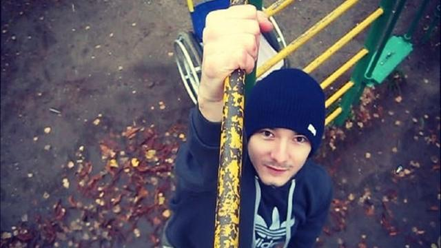 Украинец делает невероятные вещи на турнике