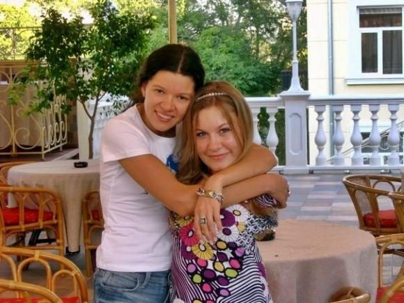 Руслана часто навещает Марину. Фото из архива М. Ходий