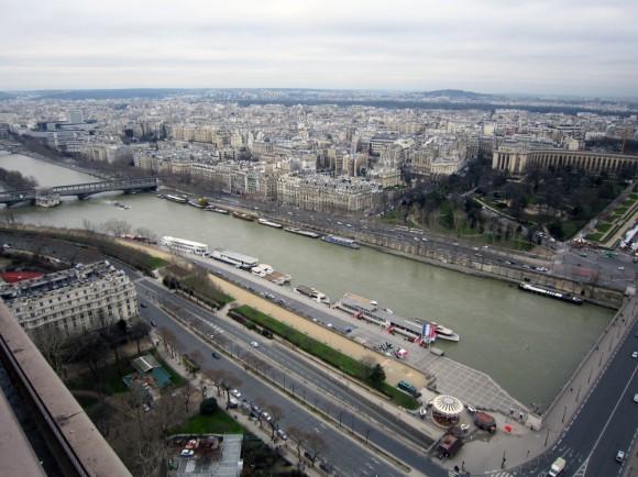 Париж. С высоты Эйфеловой башни.