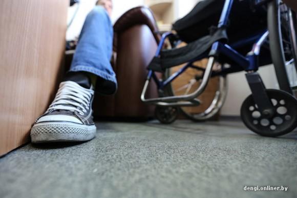 Директор центра бытовых услуг: после аварии три года отказывался садиться в инвалидную коляску, все казалось, что я должен пойти