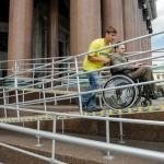 В Петербурге появится служба личных помощников для детей-инвалидов