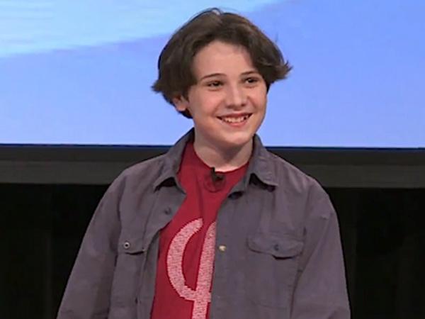 Американский подросток-аутист собирается защищать свою теорию относительности