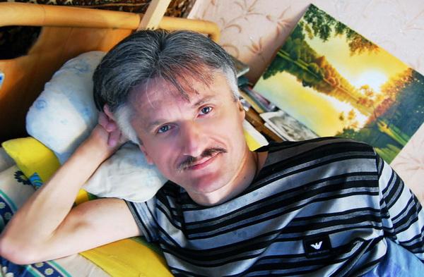 «Беларусьфильм» подготовил документальный фильм о художнике-инвалиде Анатолии Галушко