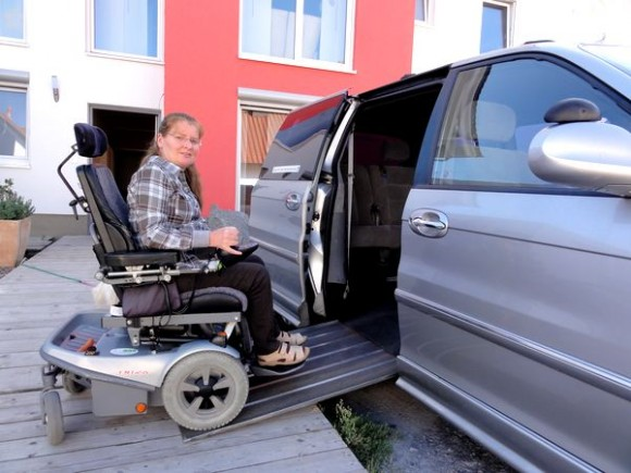 Владелица этого авто никогда бы не получила удостоверение водителя в Беларуси