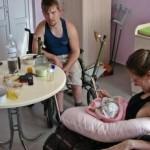 В Крыму родители-инвалиды борются за воспитание дочки