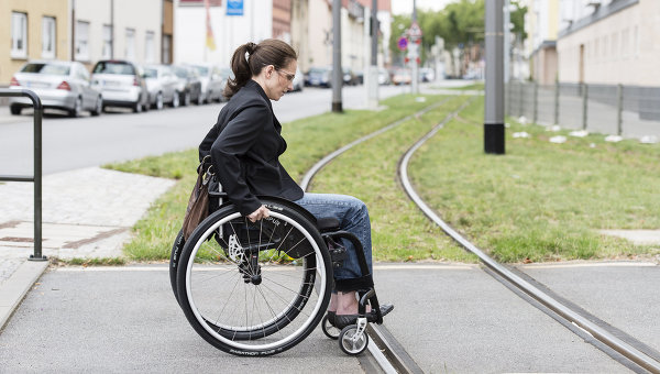 Инвалиды в Петербурге: на власть надейся, а сам не плошай