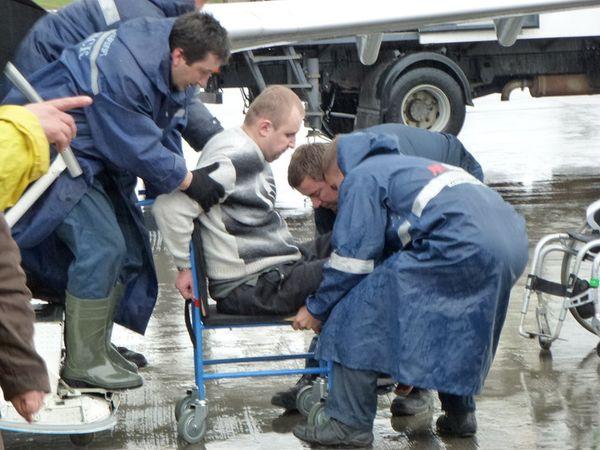 Дело о шагающей коляске. Чем окончится судебная тяжба колясочника с аэропортом?