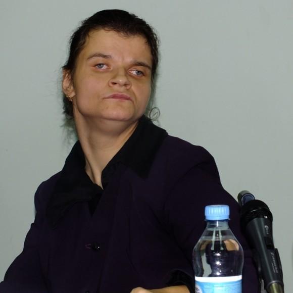НА СНИМКЕ: Ольга САХНО, на пресс-конференции, посвященной будущему показу.