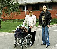 Два бывших моряка, два Игоря - Винокуров и Зуев (слева).