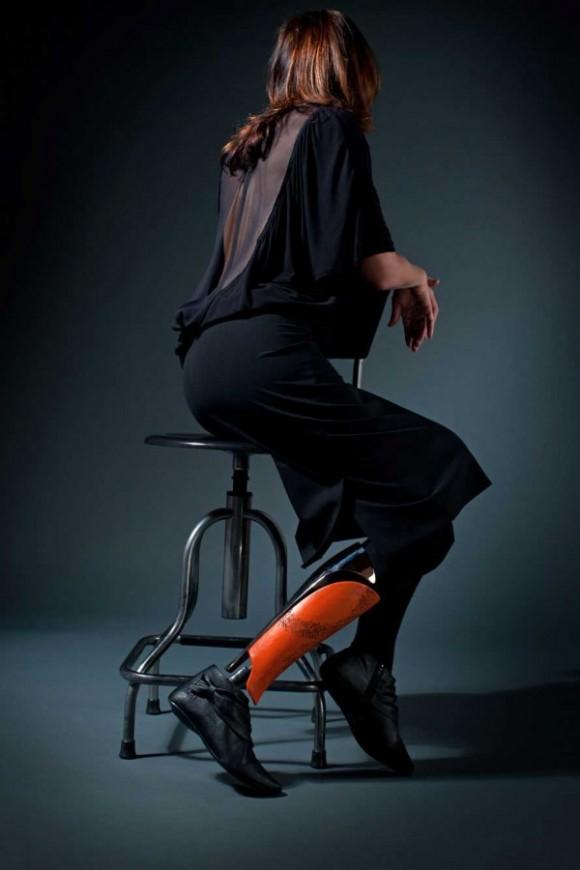 Кожаный протез Bespoke Innovations