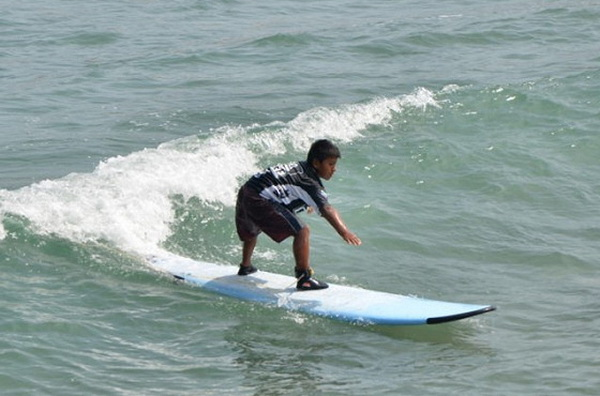9-летний мальчик удостоился престижной награды по сёрфингу