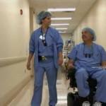 Тед Раммел: хирург, оперирующий в инвалидном кресле