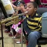 10-летний американец показывает удивительную силу воли