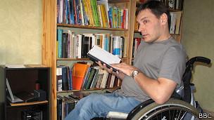 Историк-социолог Фрол Владимиров с шести лет передвигается на инвалидной коляске