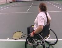 Теннис на инвалидных колясках: все, как в большом спорте, и ни для кого нет поблажек