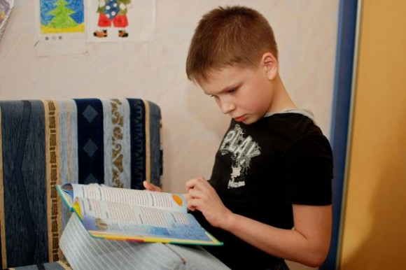 Тимур, мальчик с аутизмом
