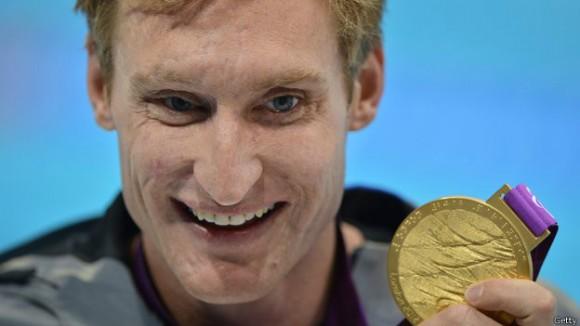 Брэдли Снайдер получил две золотые медали по плаванию на лондонской Паралимпиаде
