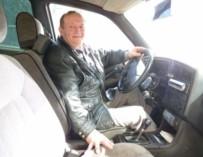 Смолянин пересел из инвалидной коляски за руль