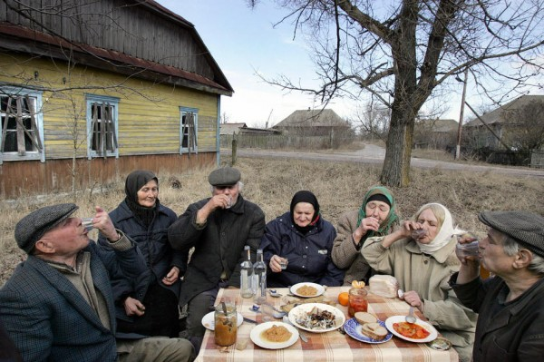The only villagers of the deserted Belar