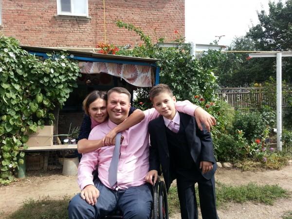 Михаил со своей семьей