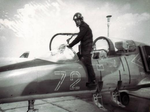 Роман — бывший летчик