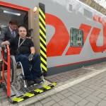 В 14 поездах РЖД появились кресла-коляски для инвалидов