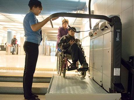 Все станции казанского метро доступны для инвалидов
