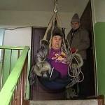 Житель Приморья создал для своей жены-инвалида доступную среду собственными руками
