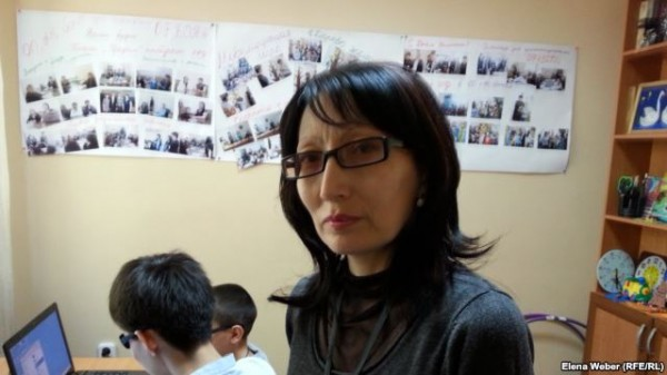 Жанара Динаятова, мама Адиля Уралбаева. Караганда, 18 мая 2014 года.