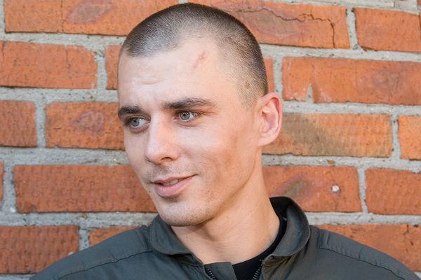 Мы привыкаем думать о себе в единственном числе, забывая, что вокруг много других людей, говорит Петренко. Фото: russianlook.com