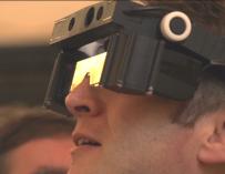 Британские ученые представили прототип очков для почти слепых