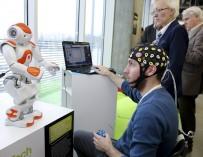 Экзоскелет + нейроинтерфейс = новое качество жизни больного
