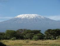 В душевной компании взойти на Килиманджаро